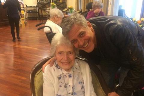 Вот так подарок: Джордж Клуни исполнил мечту пожилой британки