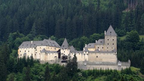 Ведьмин замок Моосхам в Австрии