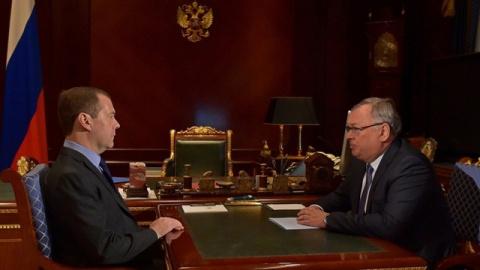 Медведев продлил срок Костин…