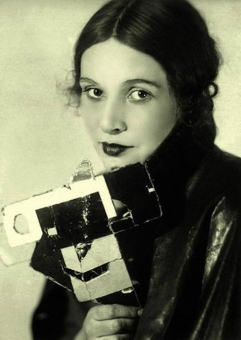 Зинаида Райх — зигзаги жизни и загадка жуткой смерти первой жены Сергея Есенина
