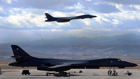 КНДР назвала полеты бомбарди…