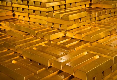 По военным счетам: Россия имеет право на 100 тыс тонн германского золота