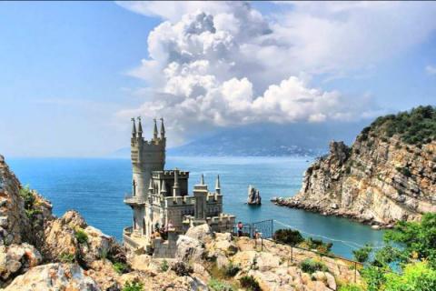 Посещение Крыма обойдется ро…