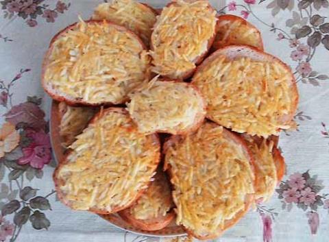 Картофельные гренки на завтрак. Домашние конфеты с орехами «Метеорит»