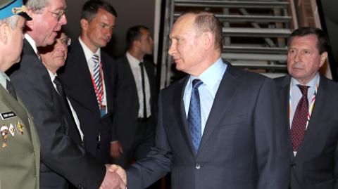Путин спасает бунтующий Гамбург