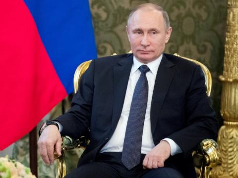 Путин насмешил детей историе…