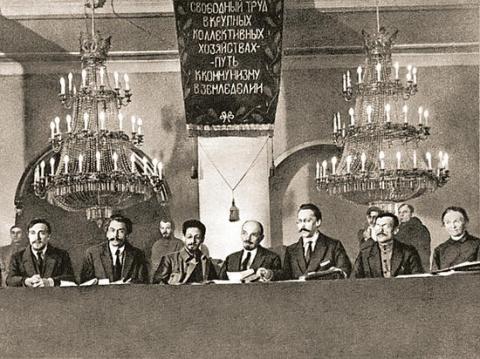 Откуда среди большевиков оказалось столько евреев