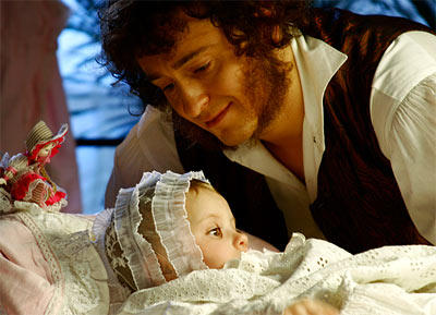 Безруков опубликовал первое фото новорожденной Марии на своей странице в «Инстаграме»