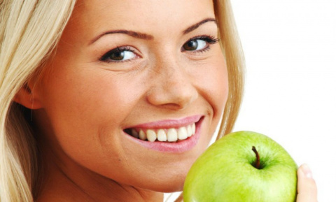 Любовь к яблокам продлевает …