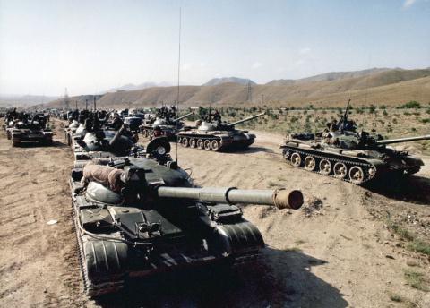 Военные расходы загубили СССР?