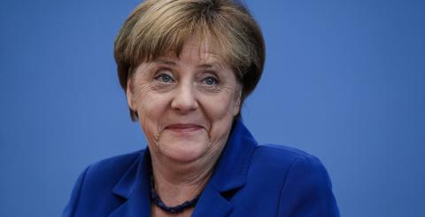 Меркель рассказала о главных ошибках ЕС: Беженцы и валюта