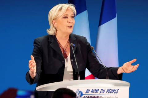 Ле Пен высказалась за роспуск ЕС