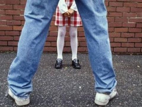 Во Франции узаконят секс с 13-летними.