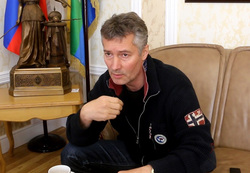 Либеральный мэр Екатеринбург…