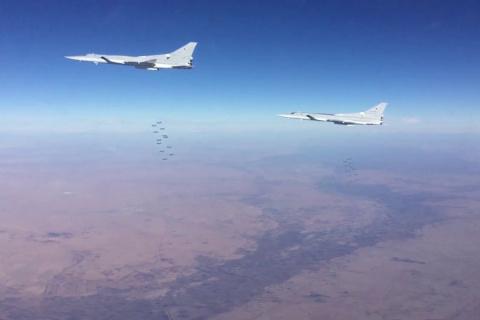 Шесть бомбардировщиков Ту-22М3 нанесли удары по ИГИЛ в Сирии