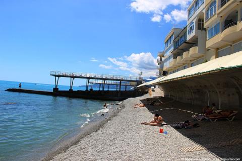 Жадные крымчане сорвали курортный сезон
