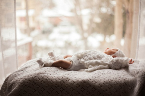 «Дать проплакаться»: очень вредный метод налаживания детского сна