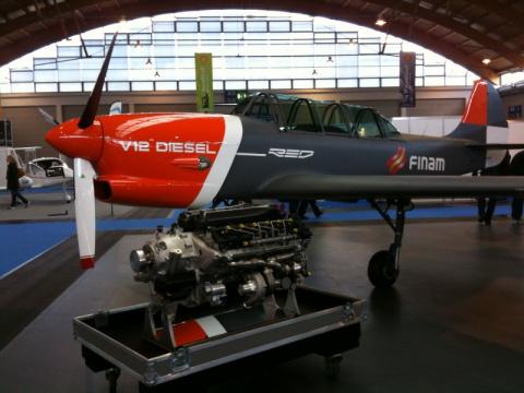 На Як-52 начаты испытания авиадизеля V12