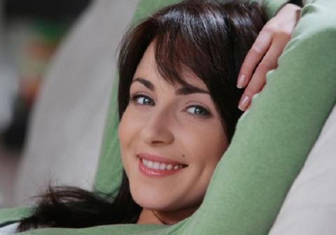 Эту актрису любят миллионы. Но мало кто из фанатов догадывается, кого Анна Снаткина выбрала в мужья!