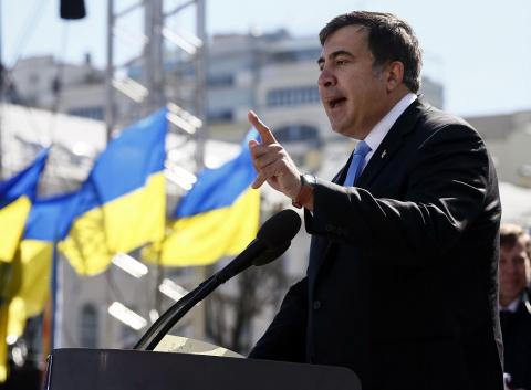 Саакашвили обвинил Порошенко…