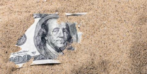 Новый виток санкций: Россия откажется от доллара