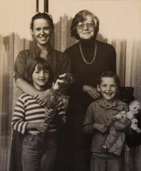 Семейные фото известных сове…