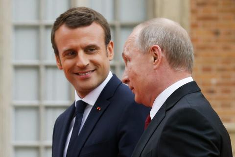 Макрон пиарится на Путине