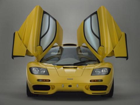 Новенький McLaren F1 в завод…