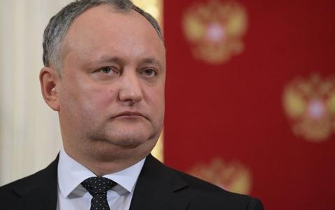 Импичмент Додону: Молдавские депутаты начали сбор подписей за отставку президента
