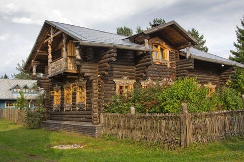 Верхние Мандроги, деревня в …