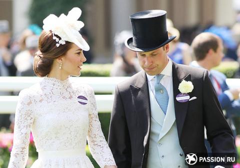 Кейт Миддлтон, принц Уильям и другие монаршие особы на открытии королевских скачек в Аскоте