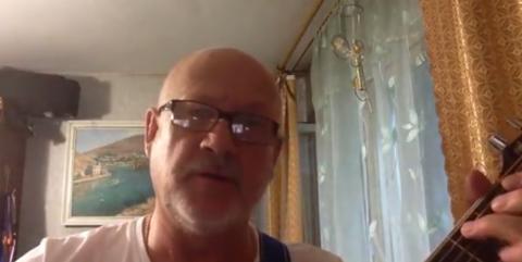 Сенатор от Севастополя спел Макаревичу – в Крыму могут и зубы выбить