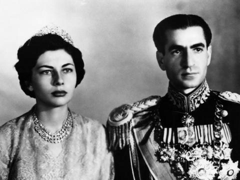 Трагедия королевы Ирана: поч…