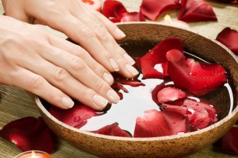 Лечение потрескавшейся кожи …