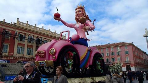 Февраль - время фестивалей во Франции