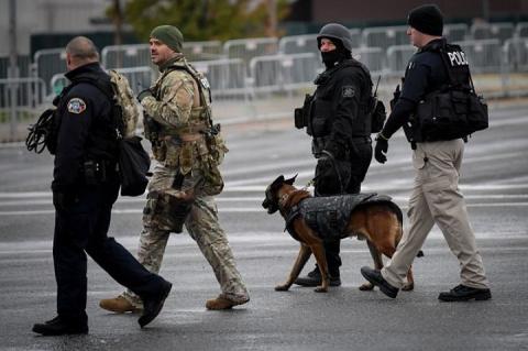 Американские полицейские по ошибке напали друг на друга