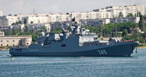 США ввели санкции от обиды, что Россия «увела» у них базу в Крыму, пишет Contra Magazin