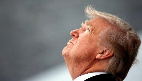Зачем Трамп прервал отпуск