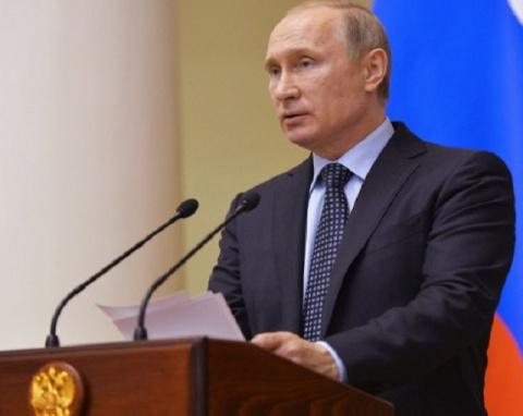 Путин не поздравил с Днем по…