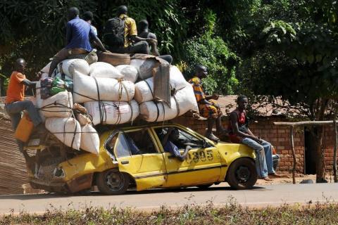 Какие машины покупают в странах, у жителей которых нет денег