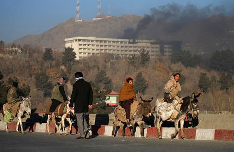 Теракт в Кабуле: «Талибан» взял ответственность за осаду отеля