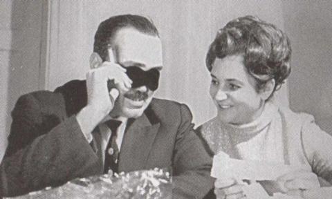 Эдуард Асадов и Галина Разум…