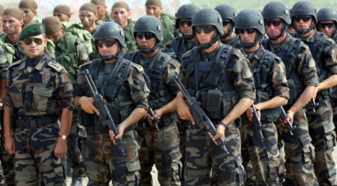 ВТурции продолжаются аресты военных