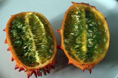 10 самых странных фруктов и …