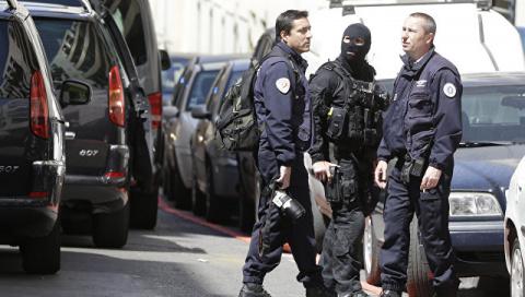 Во Франции разыскивают трех …