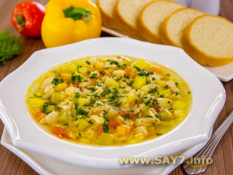 Суп с овощами, макаронами и …