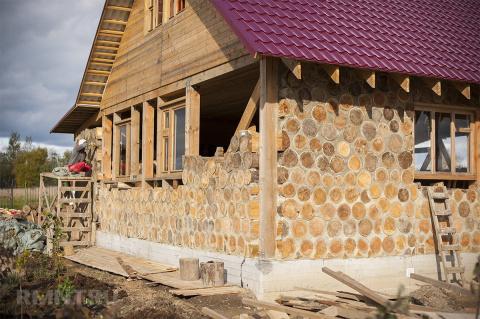 Дом из глиночурки