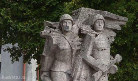 Сергей Андреев: «Война с памятниками» в Польше может приобрести массовый характер