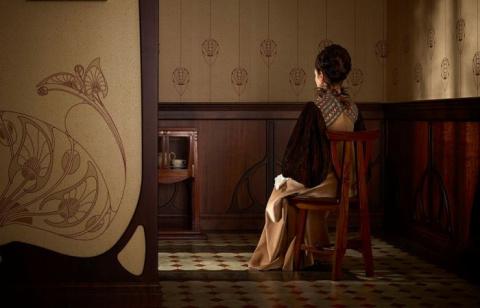 Концептуальные наряды для живых кукол: ожившие яркие образы прошлых времён