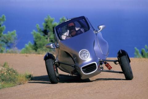 Трехколесный автомобиль Merc…